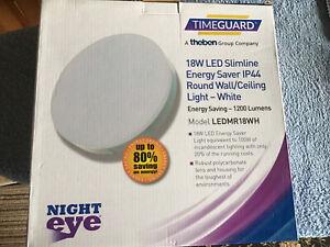 Timeguard Night eye 18 Watt LED Slimline light Ip 44