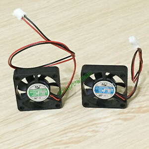 DC brushless cooling fan 12V 0.07A/ 5V 0.12A  7 Blade 30X30X7mm 2-pin connector