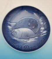 2001 Bing & Grondahl Mother's Day Plate Seal & Pup No Box