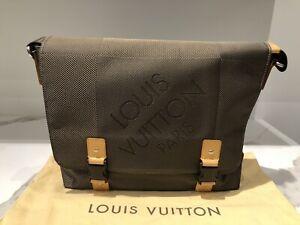 Louis Vuitton Damier Geant Bag - Messenger Taupe