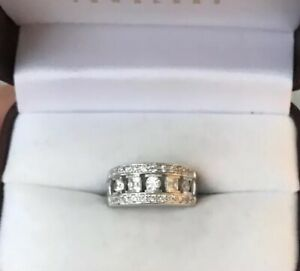 Sparkly Sterling Silver Cubic Zirconia Thick Ring Wedding Band Sz 6
