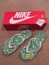 Womens Nike Flip Flops Size 8