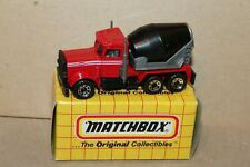 NICE VINTAGE  MATCHBOX  MB19 CEMENT TRUCK in BOX