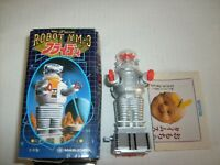 Lost In Space ROBOT DEFENSE MODE 1:35 scale