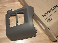 NUOVO ORIGINALE NISSAN CABSTAR F24 INFERIORE CRUSCOTTO cruscotto coperchio TRIM