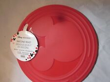 WDW Disney Le Creuset Disney Mickey Mouse Red Silicone Trivet Brand New