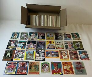 lot of 500 different REDS BASEBALL CARDS ~Barry Larkin,Johnny Bench,Pete Rose...