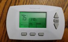 Honeywell programmable Thermostat Rth6350 D1000