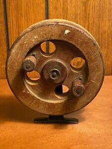 F5) Vintage Wooden Fishing Reel HUGE!