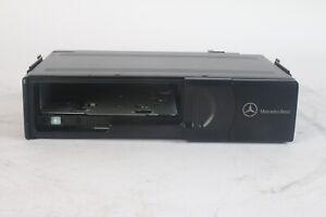 Mercedes Benz MC3010 A 203 820 90 89 CD Changer
