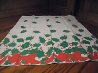 Vintage Christmas Holiday Fabric Table Napkins Set (4) Red Ribbons & Holly    76