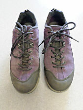 ECCO purple and black suede, Goretex lined, hiking shoes. Women's 9 (eur 40)