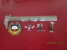 More details for terry pratchett discworld badges + josh kirby bookmarks very scarce vgc