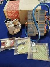 ROBERTSHAW 712-020 INTERMITTENT DUAL PILOT FLAME IGNITION SYSTEM NATURAL GAS NEW