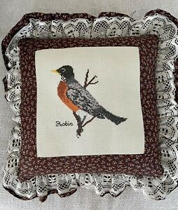 Vintage Country Robin Hand Needlepoint Birds Country Lace- Floral