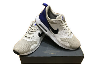 Mens Nike Air Max Tavas Size 9.5 Grey White Blue