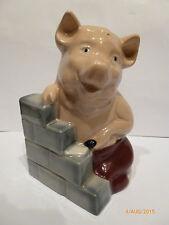 WADE- HOUSE OF BRICK PIG