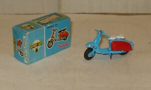Tri-ang Spot-On No.229 Original Lambretta Scooter Excellent with box White seat!