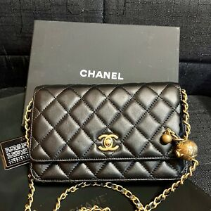 Chanel Wallet on Chain WOC handbag Gold Tone. Good condition