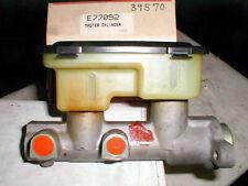 NOS EIS E77092 Brake Master Cylinder Chevy S10 + GMC S15 Manual Disc