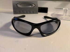 Oakley Monster Dog Matte Black Grey Iridium