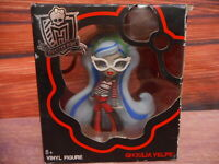 Mattel Toy Ghoulia Yelps Doll in Box Monstor High Collect Pre -owned in box