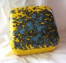 Boite en ceramique D'Art signée de Deruta Italie nouvelle collection.