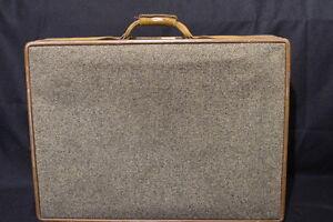 Vintage HARTMANN Brown Tweed Leather Belting Full-Size Suitcase Luggage 26x20x10