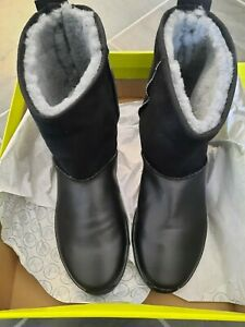 Hotter snow boots Size 8 NEW