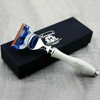Men's Gillette Fusion Razor In Ivory Groove Handle.Perfect For All Type of Shave