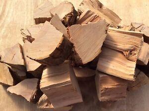 Large box of Apple BBQ smoker wood chunks kiln dried 🍎