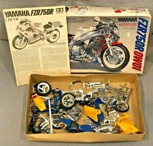 1989 Vintage 1:12 Tamiya Yamaha FZR750R 0W01 Motorcycle Kit Partially Built EXCL
