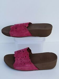 FitFlop Womens leather Sandals Slides Pink Size 7 shoes