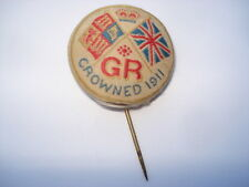 GR 1911(GEORGE V) HAND WOVEN SILK SOUVENIR PIN BADGE