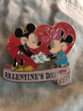 Disney mickey and minnie Valentine's day 2002 pin