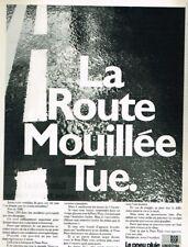 D- Publicité Advertising 1969 Les pneus Pluie Uniroyal