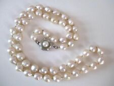 Zuchtperlenkette Akoya Barock hellcreme  Perlen Ø 5,5 bis 6 mm 48 Silberschließe