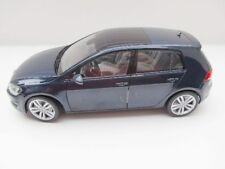 Volkswagen VW golf VII Año Fabricación 2013 azul oscuro 1 18 Norev