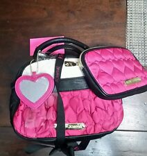 BETSEY JOHNSON  BB16900 COSMO 3pc MAKE UP COSMO