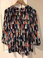 NYDJ Women's Henley Style Shirt Blouse 3/4 Sleeve Size Medium Navy Geometric