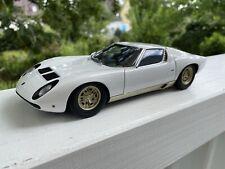 1:18 Autoart Lamborghini Miura SV #74544 by Raceface-Modelcars