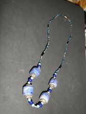 LADIES BEADED NECKLACE IN SHADES OF BLUE