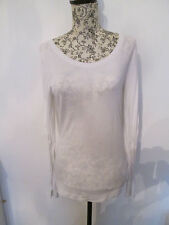 TOPSHOP -  WHITE BUTTON BACK LONG SLEEVED SCOOP NECK T-SHIRT  SIZE 10