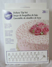 Wilton Industries Inc. 28 Piece Deluxe Tip Cake Cupcake Brownie Decorating Set