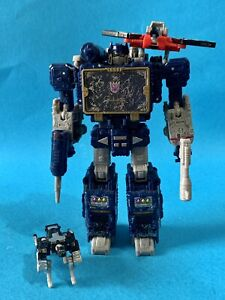 Transformers Siege War For Cybertron SOUNDWAVE WFC LOOSE plus Ravage Laserbeak