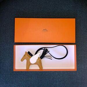 Brand New Hermes rodeo pegase pm charm in Sesame/noir/nata