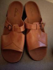 NWOT Womens Clarks Brown leather sandals Made in Brazil slide Open Toe Size 9M