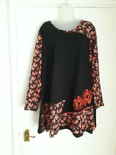 BNWT Size 26 Black/Red Floral Patchwork Long Sleeved Tunic Top By Joe Browns.