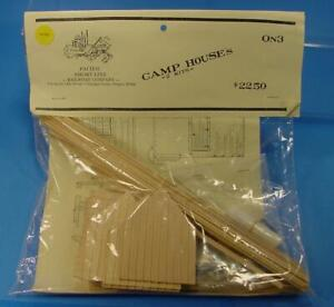 RS-083 O SCALE On3 On30 PACIFIC SHORT LINE 2 LOGGING CAMP HOUSES CRAFTSMAN KIT