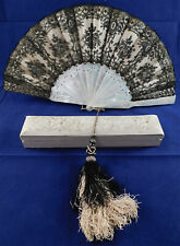 Victorian Antique Black Chantilly Lace Carved Mother of Pearl Hand Fan & Box Vtg
